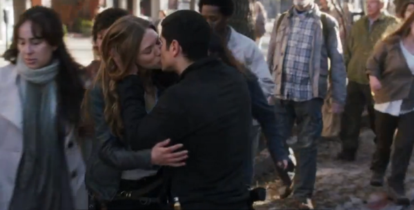 Jason, Charlie, kissing, JD Pardo, Tracy Spiridakos, Revolution, NBC