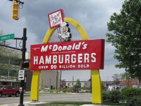 Speedee McDonald's sign!