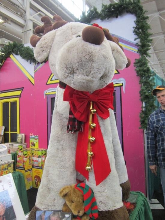 Giant Reindeer!