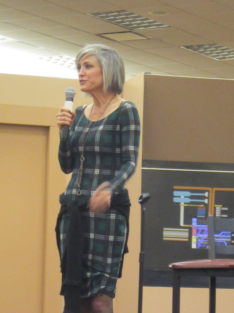 Starbase Indy 2014 Photos, Part 2 of 2: Major Kira and the House of Quark | Midlife Crisis ...