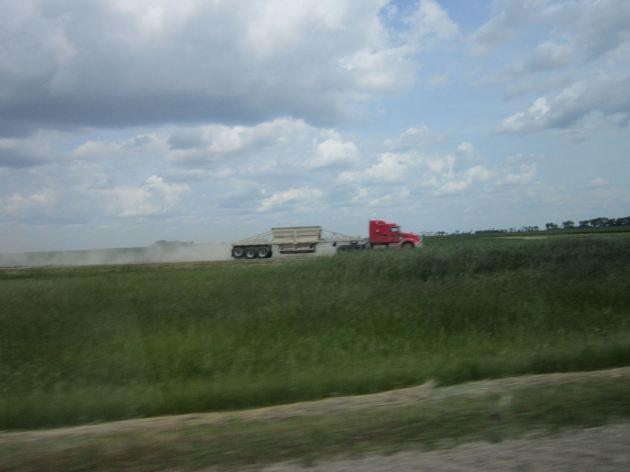 North Dakota semi tractor trailer truck