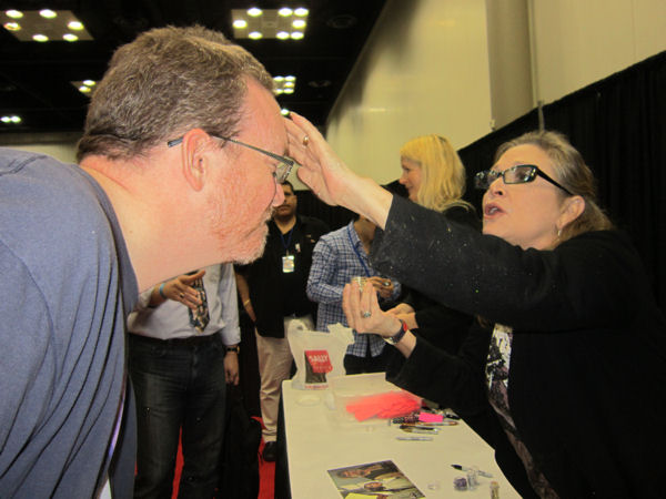 Carrie Fisher glittering!