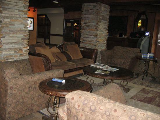 Rustic Fargo Hotel Lobby!
