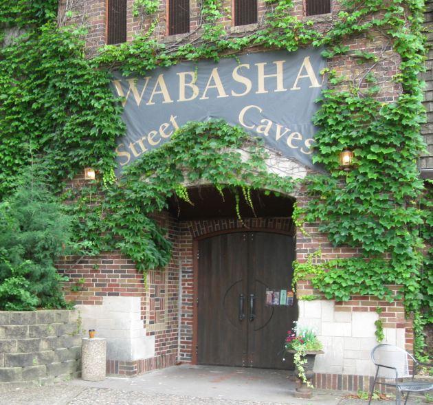 Wabasha Street Caves: the entrance!