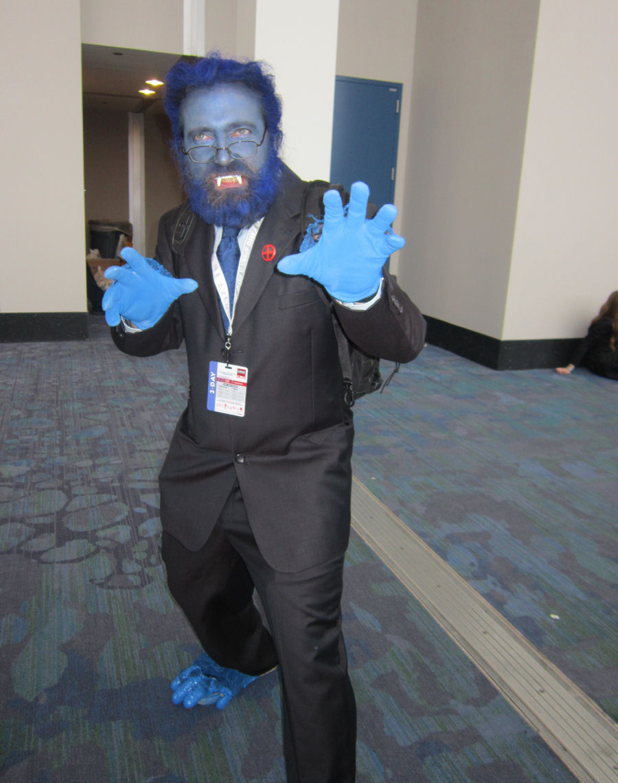 C2E2 2015 Photos, Part 4 of 9: Mighty Marvel Costumes « Midlife Crisis Crossover!