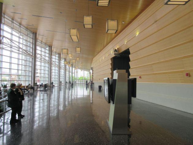 Grand Wayne hallway!