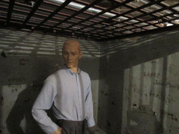 Jailhouse Mannequin!