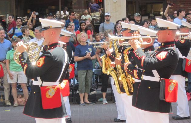 2nd Marine Division Band!