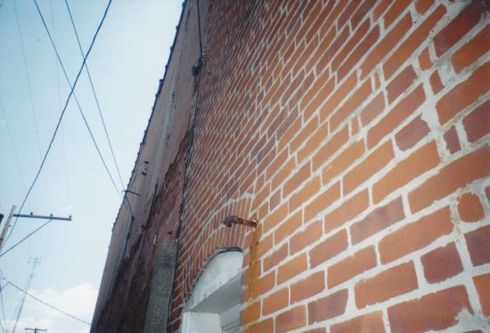 Alley Wall!