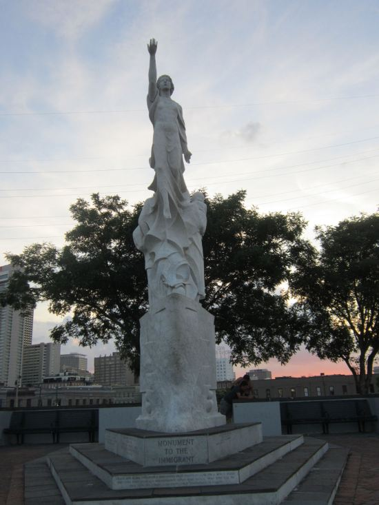 Monument to the Immigrant!