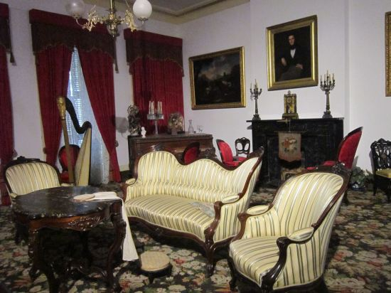 1850 House Parlor!