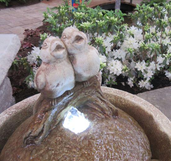 Fountain Birds!