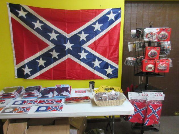 Confederate Flags!