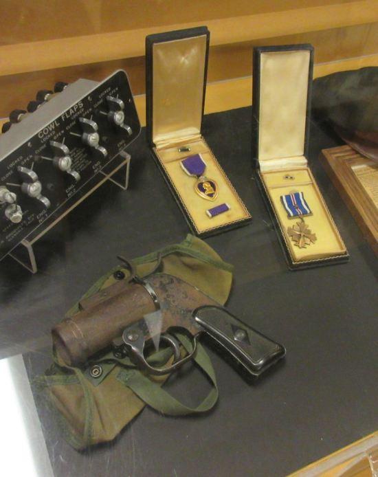 Flare Gun & Medals!