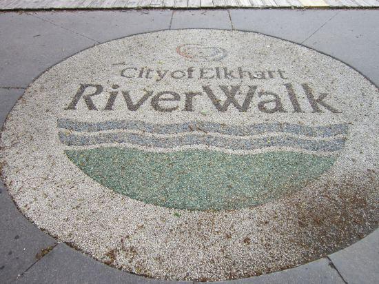 ART RiverWalk!