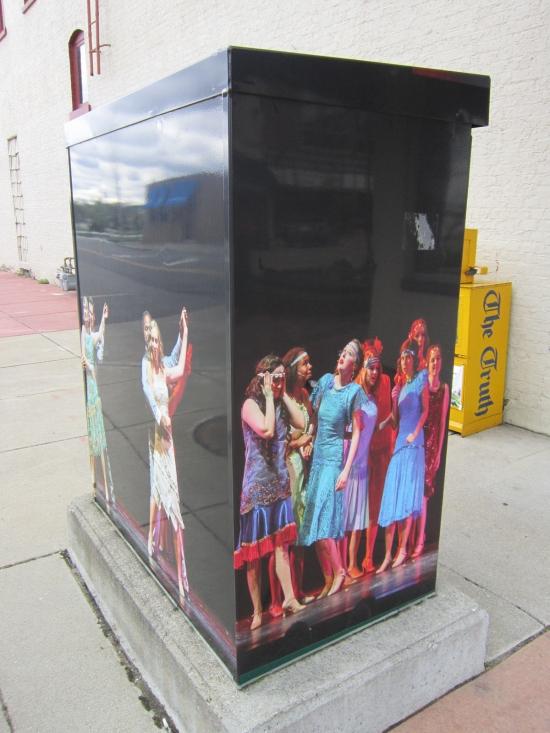 BOX Dancers!