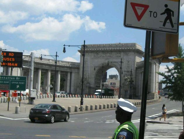 Manhattan Bridge Arch + Colonnade!