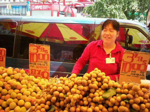 Dragon fruit lady!