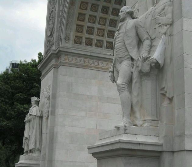 Washington Statues!