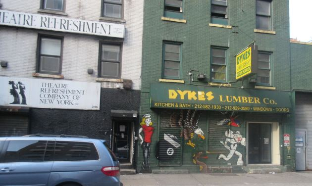 Dykes Lumber Mural!