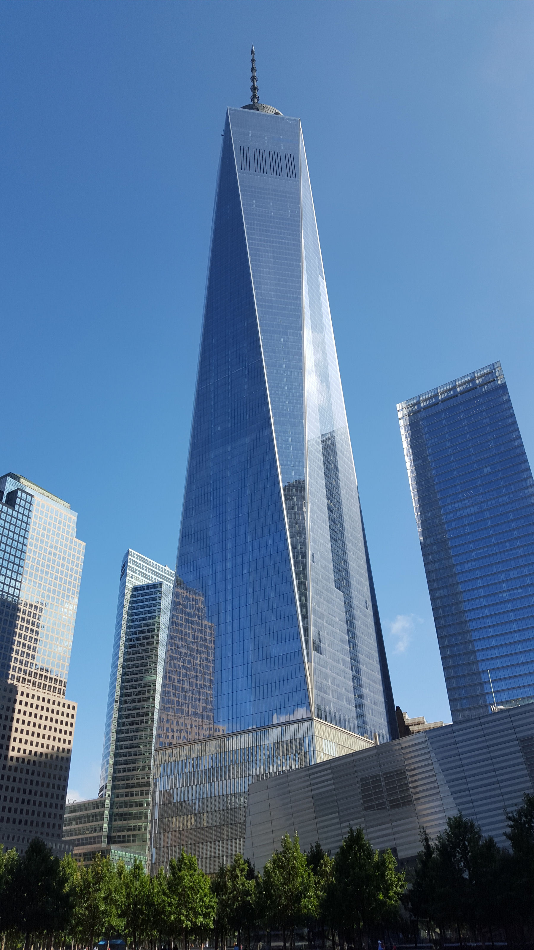 freedom tower vs sears tower