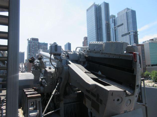 anti-aircraft gun!