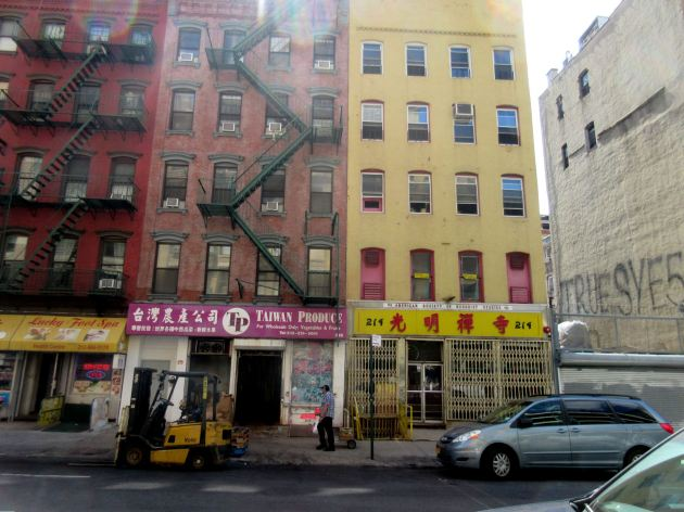 Chinatown buildings!