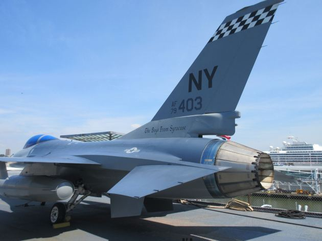 F-16 Fighting Falcon!