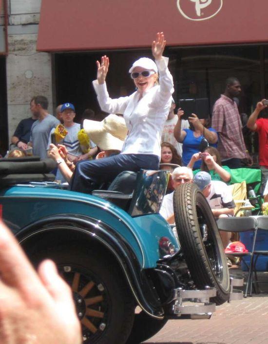 Florence Henderson 2012!