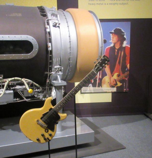 Izzy Stradlin's guitar!