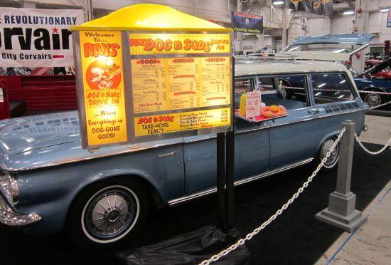 Dog 'n' Suds station wagon!