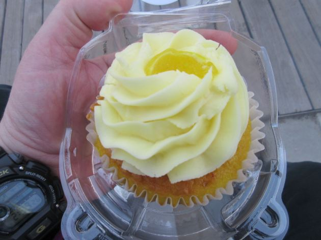 lemon cupcake!