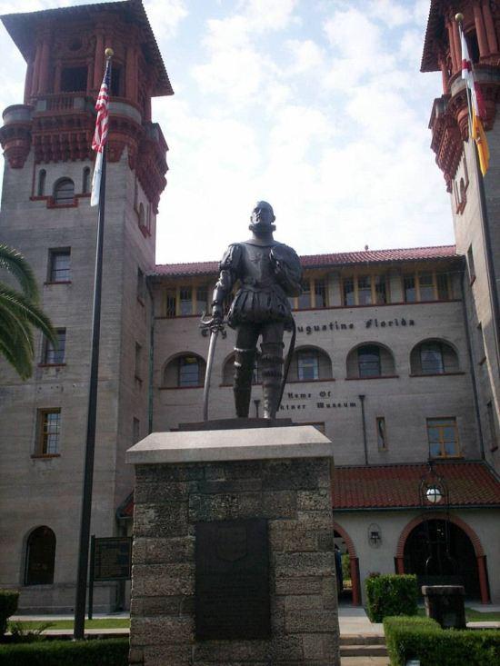 Ponce de Leon Statue!