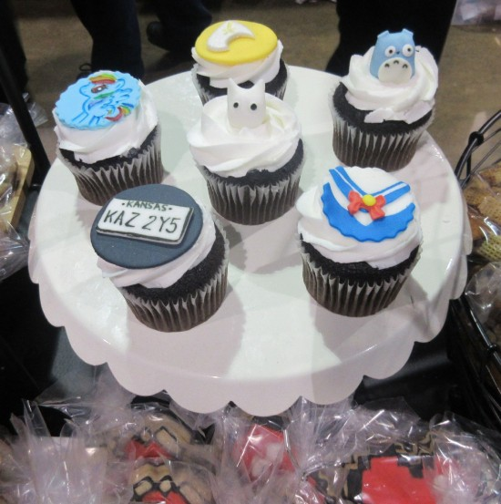 Crumby Art Cupcakes!