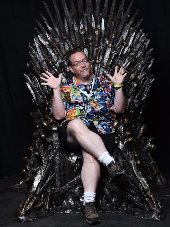 Throne Me!
