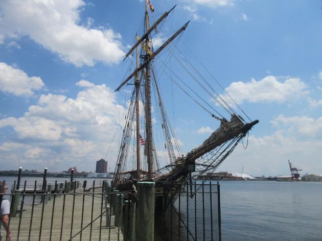 Olde Tyme Boat!