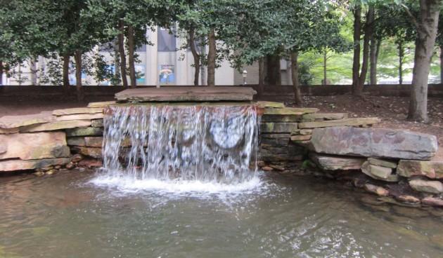 mini-waterfall!
