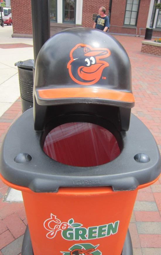 Oriole trashcan!