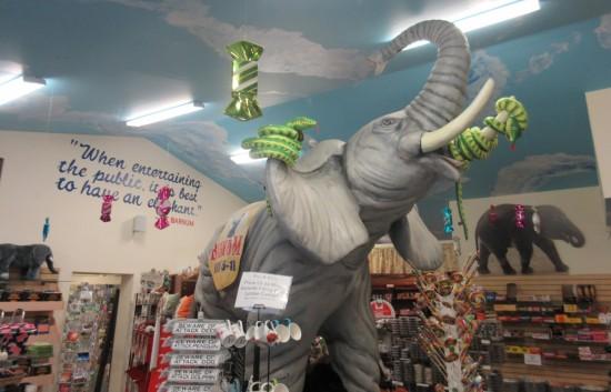 elephant vs snakes!