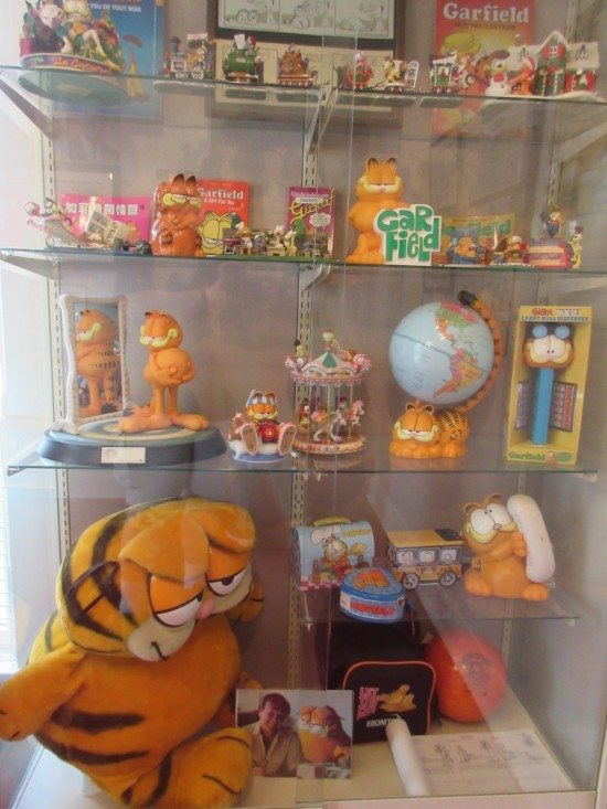 Garfield merch!