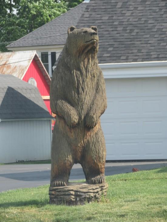 wood-carved bear!