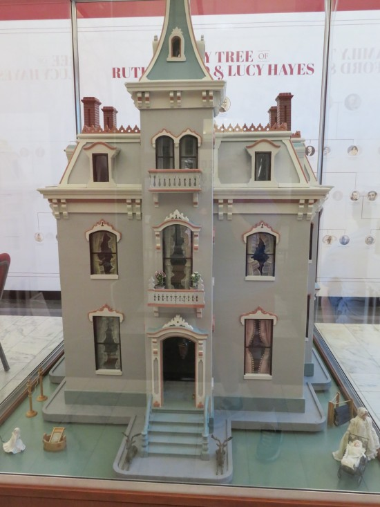 Fanny Hayes dollhouse!