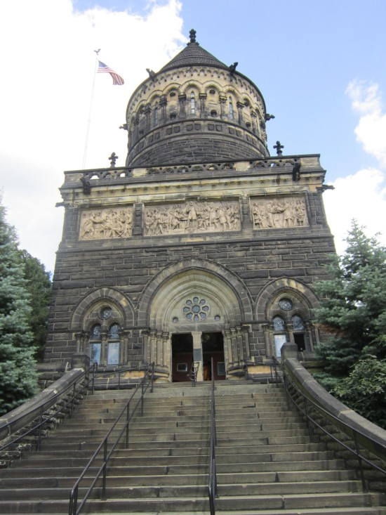 Garfield's Tomb!