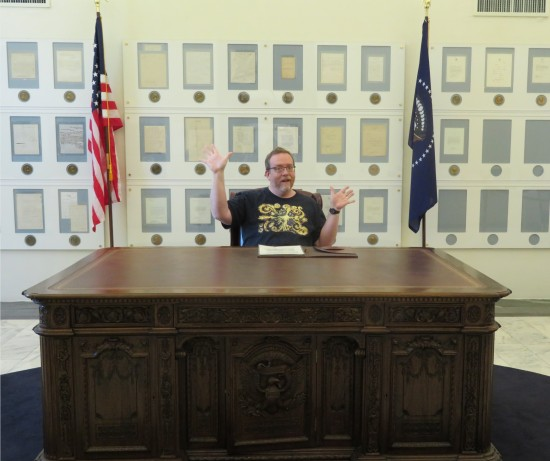 Resolute Desk!