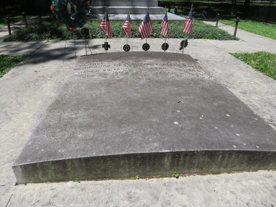 Webb Hayes grave.