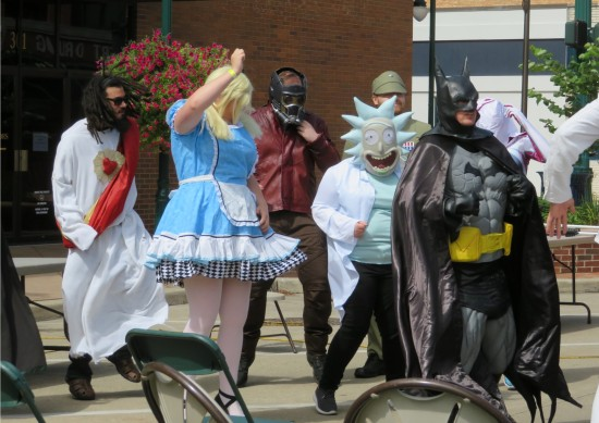 Batman + Alice!
