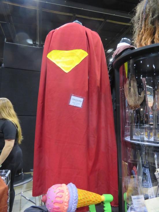 Dean Cain cape!