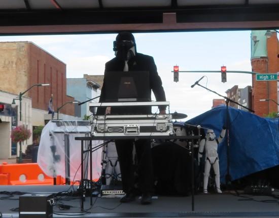 Star Wars DJ!