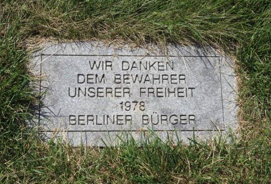 Berlin citizens tribute!