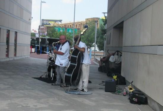 street musicians!